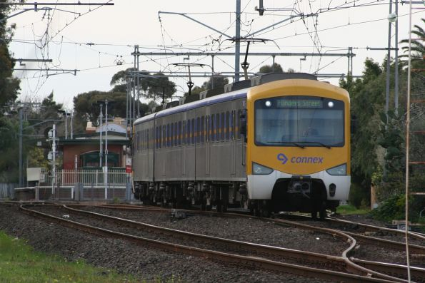 Siemens 777M and 788M depart Essendon with an up Broadmeadows service