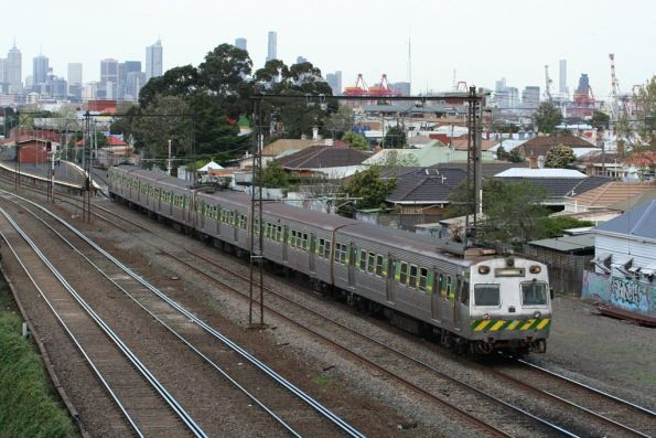 42M and co head for Sydenham at Middle Footscray