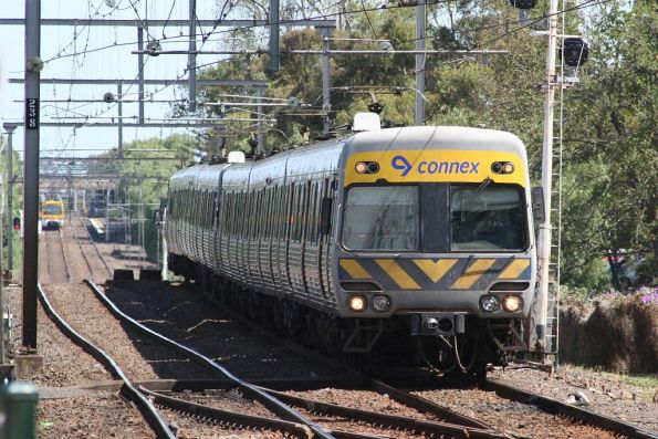 Alstom Comeng arrives at Footscray on an up Werribee service