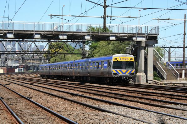 3-car Alstom Comeng with 590M trailing, on a Werribee service at North Melbourne