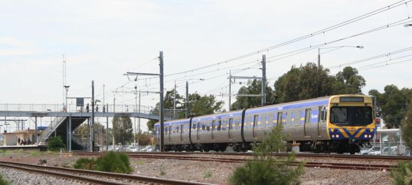 3-car EDI Comeng departs Laverton on the down