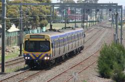 3-car EDI Comeng on the up at Laverton