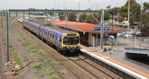 EDI Comeng on the up at Laverton