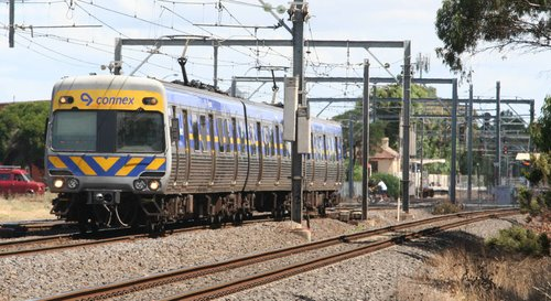 3-car Alstom Comeng on the up at Werribee