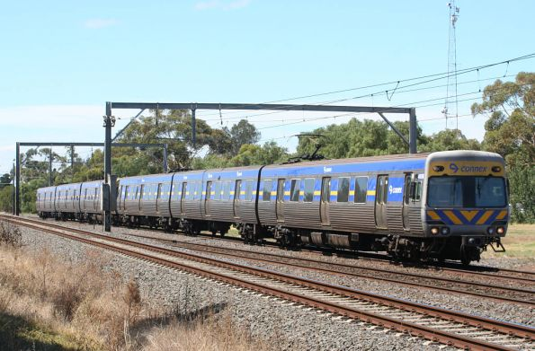 Mixed Comengs on the down at Werribee