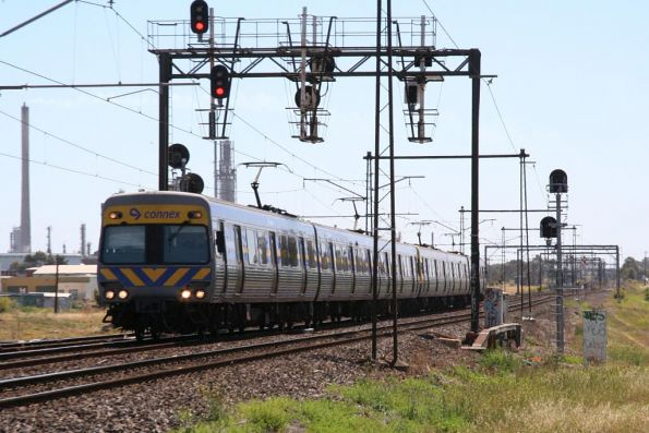 Comeng on the up at Altona Junction