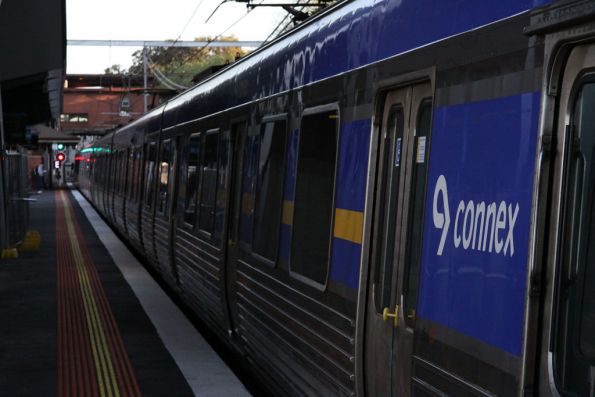Comeng departing North Melbourne on the down