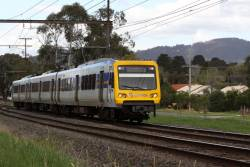3-car X'Trapolis led by 958M departs Mooroolbark