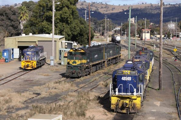 Lineup at Cootamundra: 48149, GPU2 and 48127 on one road, X52 and X46 in another, then a solo 48123 outside the shed