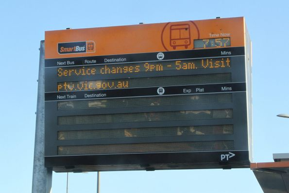 'Service changes 9pm-5am' message on the SmartBus PIDS at Sunshine station