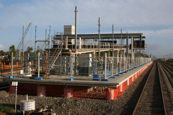 Massive ramp underway at Roxburgh Park station