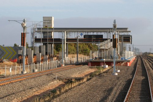 Footbridge at Roxburgh Park station in place