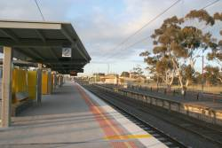 New and old platforms at Craigieburn
