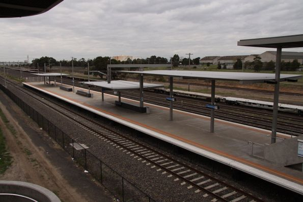 Island platform at Roxburgh Park looking north-east