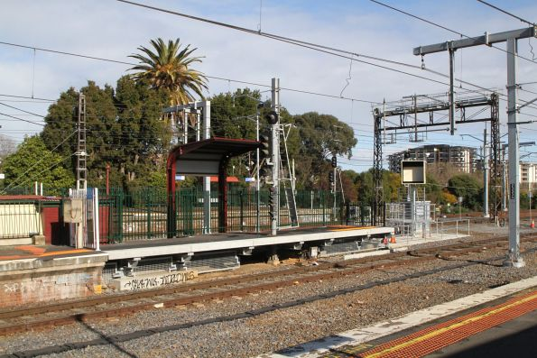 Platform extension and relocated SPOT monitor at Caulfield platform 3