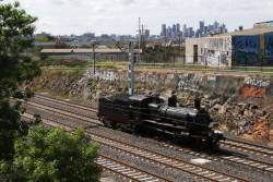 D3 639 heads towards Southern Cross at Footscray, using the Werribee suburban tracks