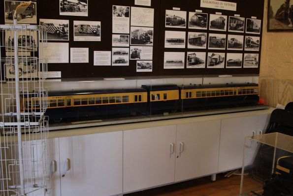 Model of a 280 hp Walker railcar on display at Daylesford station