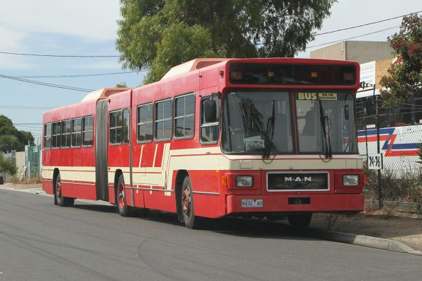 Dee Decker Tours 8432AO outside the depot in Sunshine North