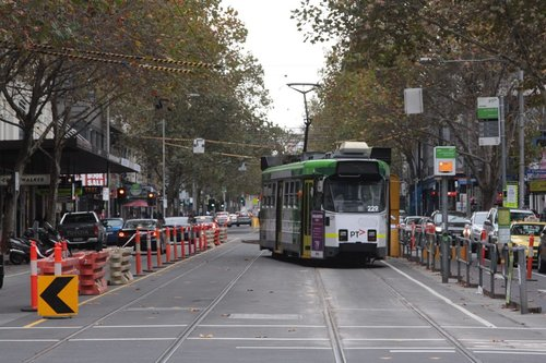Z3.229 skewed across the tracks on Elizabeth Street, just north of La Trobe Street