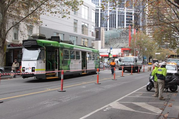 First tram recovery crew arrives on the scene