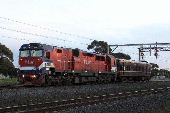 N474 tows RM58 back to Melbourne, passing through Laverton