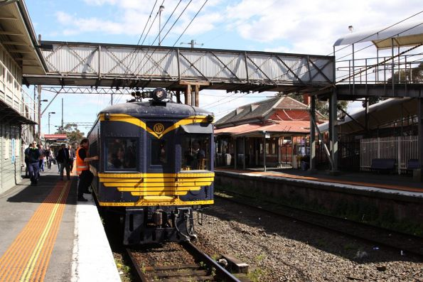 Driver of RM58 changing ends at Ringwood station, ready to head for Lilydale after a run to Belgrave
