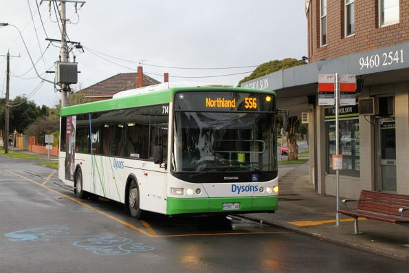 Dysons bus #714 8392AO on route 556 at Reservoir station