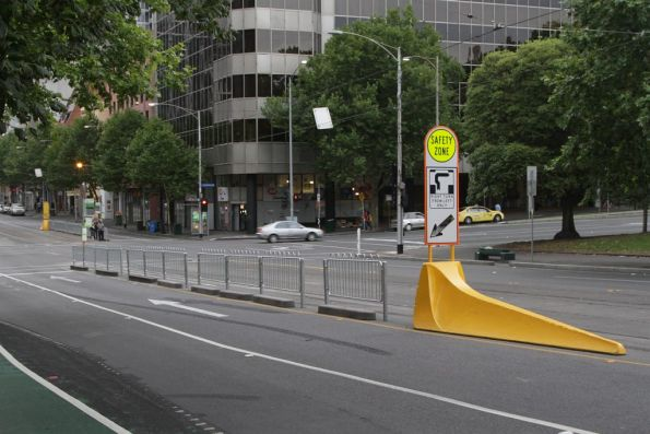 Lengthened tram stops at La Trobe and Exhibition Streets