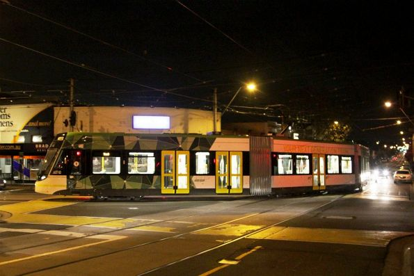 E.6010 heads back into the city, turning from Maribyrnong Road into Union Road