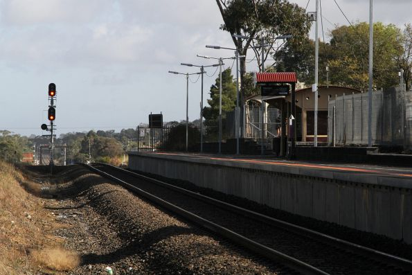 Transition back to double track at the up end of Bunyip station