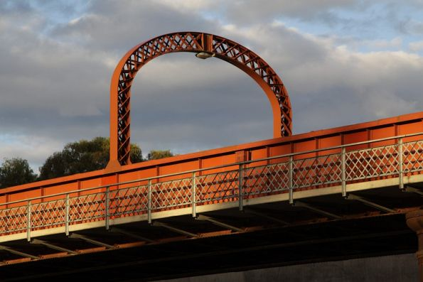 Sun goes down on the Murray River bridge at Echuca