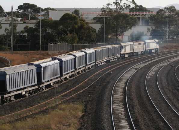 EL52 leads GM36 and EL54 on the up at North Geelong, with an El Zorro grain train for Appleton Dock