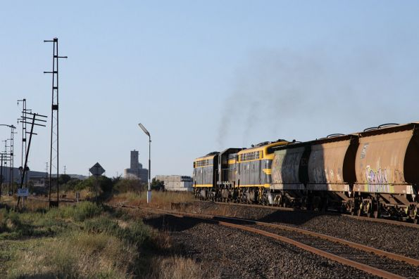 Unfortunately the AHGX grain hoppers are grubby