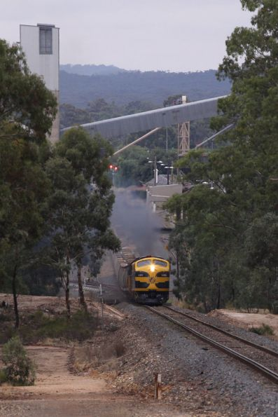 Climbing the grade out of Dunolly