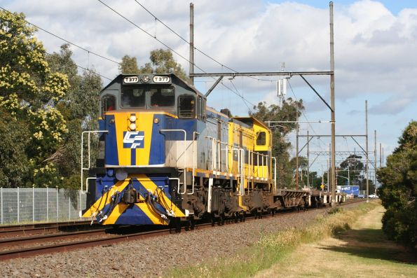 T377 and T376 on the up at Clayton with an El Zorro publicity / test train returning from Morwell