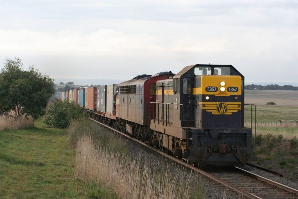 T357 and S302 lead the Warrnambool freight at Grovedale