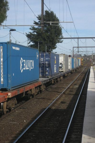 Tail end of the EL Zorro Warrnambool freight at South Kensington - I missed the VR B and T on the front...