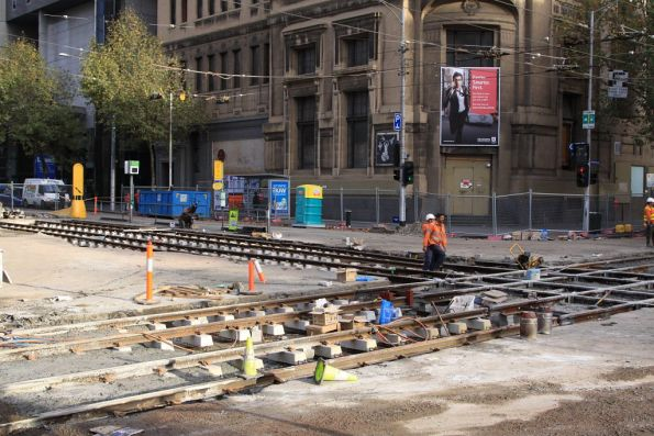 Renewing the H crossing at Elizabeth and La Trobe Streets