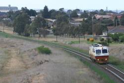 EM100 Ballarat bound at Bell Post Hill