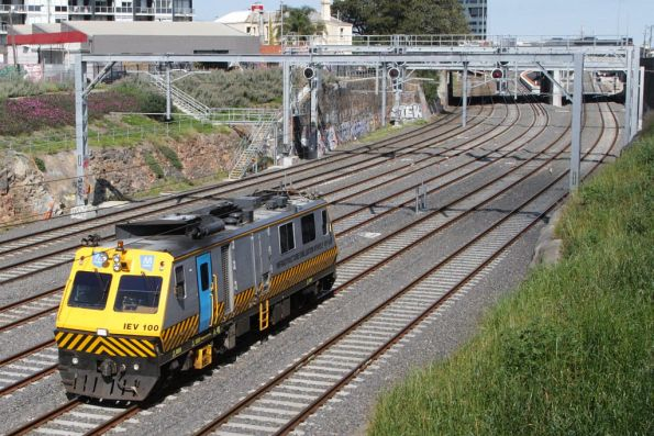 IEV100 heads west towards Footscray on an inspection tour of the Sunbury line