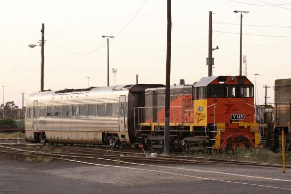 Y145 coupled to Endeavour railcar LE 2862 out the back of South Dynon