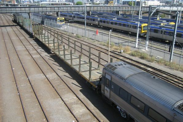 Endeavour and Xplorer railcar transfers to Bombardier Dandenong