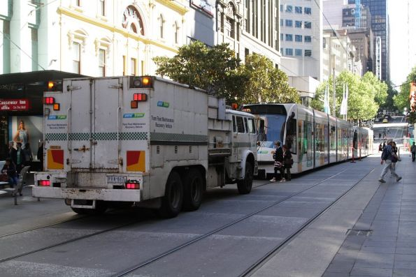 Rescuing a failed D2 class tram, October 2013