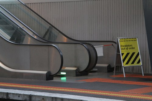 Escalators to North Melbourne platform 6 out of order yet again