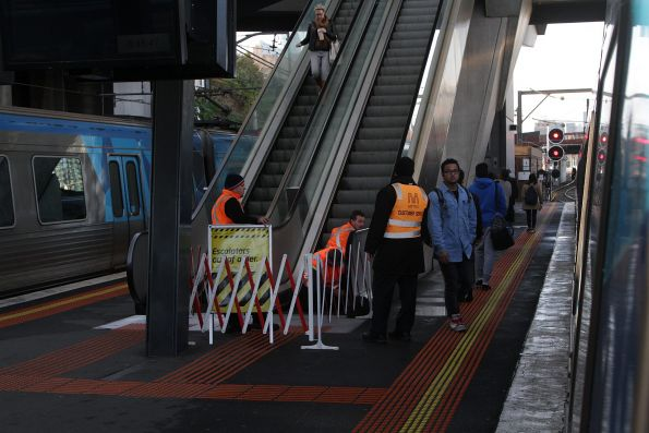 Escalators at North Melbourne platform 2 and 3 broken yet again