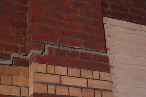 Cracked brick archways at Camberwell platform 3