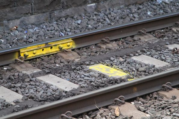 Another temporary fishplate on the rails at Flinders Street platform 3