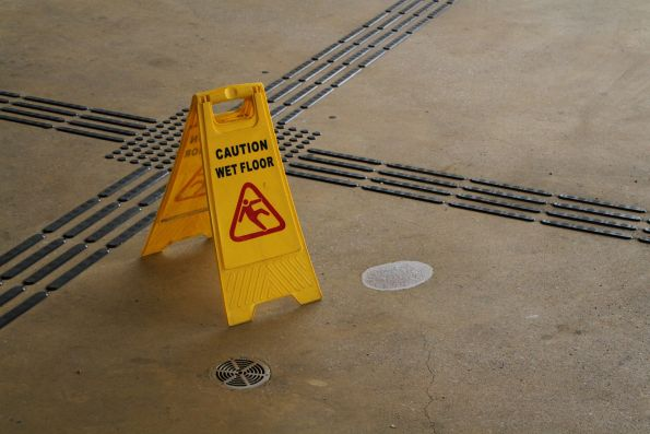Wet floor thanks to a leaking roof at Sunshine station