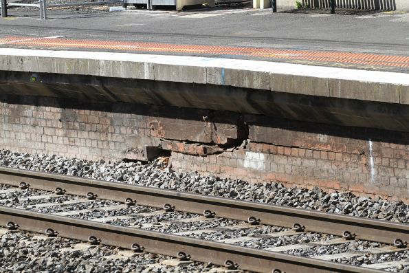 Cracked brick platform face at Caulfield