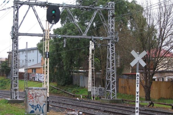 Controlled automatic signal 52 on the Flemington Racecourse line, near the Ascot Vale Road level crossing